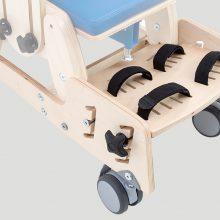 KDO_618 База на колесах с подножкой и 2-точечными лентами стабилизирующими ступни